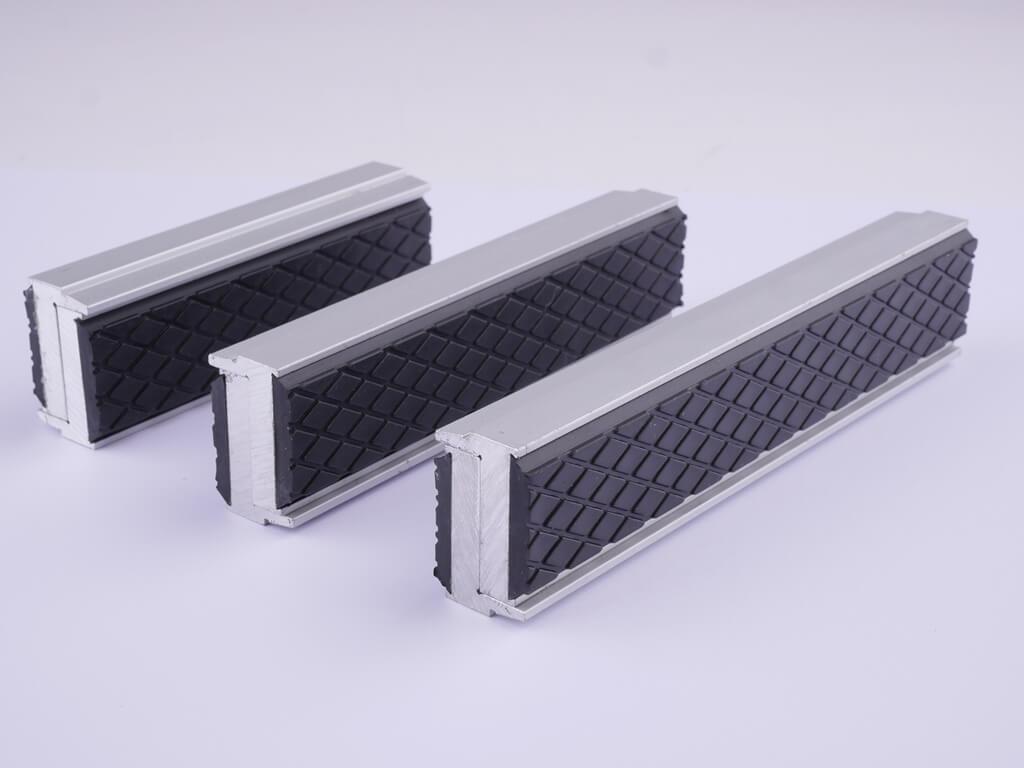 GSR Schonbacken aus Aluminium mit Gummi-Profil in den Größen: 100 mm, 125 mm und 150 mm